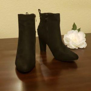 Black Heeled Boots.